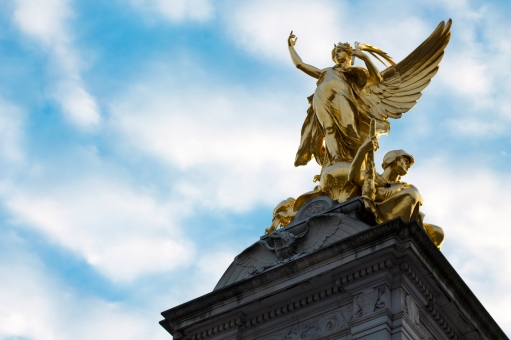 There's an enormous stature opposite Buckingham Palace, too big for me to capture with my camera from any decent vantage point. This angel is at the very top.